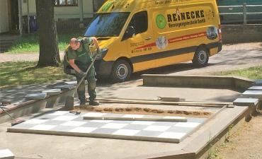 Schachbrett für die Kur-Tourismus-Wirtschaftsbetriebe der Stadt Bad Harzburg
